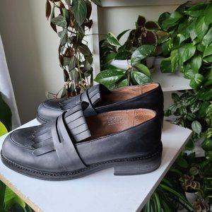 TOPSHOP Black Leather Loafers sz 40